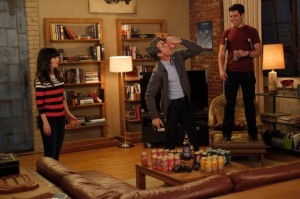 New Girl Dermot-Mulroney-Zooey-Deschanel-and-Max-Greenfield-in-NEW-GIRL-Episode-1.10-Normal