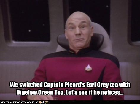 "I LOATHE That Scene: Geordi's Definition of ""Not Funny"" in ... Earl Grey Tea Picard"