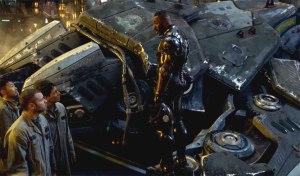 Idris-Elba-in-Pacific-Rim-2013-Movie-Image