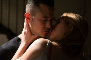 Don Jon Tease Kiss
