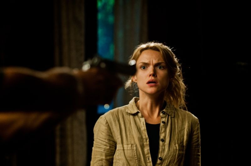 erin richards breaking in - photo #1