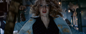 the-amazing-spider-man-2-s-huge-moment-let-s-talk-about-it-gwen-stacy-falls-to-her-death