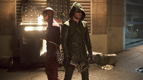 Tv Review The Flash The Flash Vs Arrow S1 Ep8 What A Fight Scene We Minored In Film