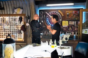 Peyton-Reed-and-Paul-Rudd-on-set-for-Ant-Man