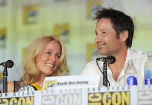 showbiz-gillian-anderson-david-duchovny-comic-con-1
