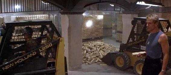 Cena do assalto bilionário ao Federal Reserve em Nova Iorque, no filme Duro de Matar 3.