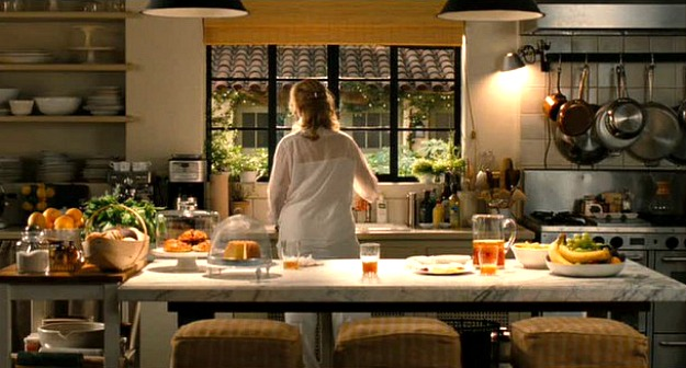 Meryl-Streep-in-Its-Complicated-movie-kitchen