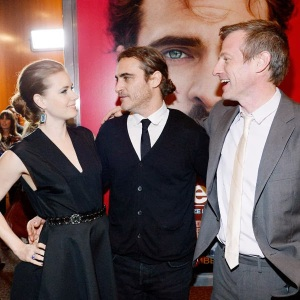Cast-members-Amy-Adams-Joaquin-Phoenix
