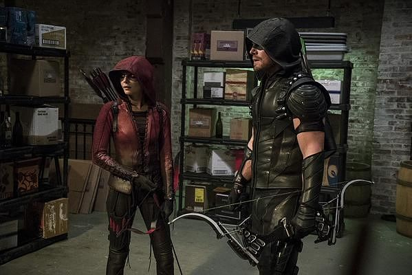 arrow-season-4-comic-preview-teases-the-premiere-644095