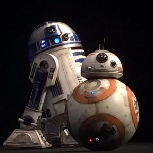 star-wars-the-force-awakens-r2d2-bb8