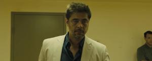 sicario-trailer-screenshots-benicio-del-toro