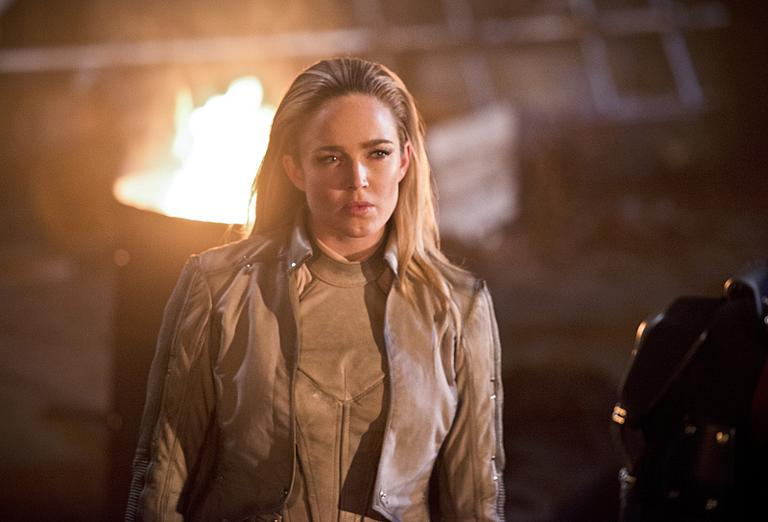 "DC's Legends of Tomorrow -- ""Star City 2046"" -- Image LGN106b_0356b.jpg -- Pictured: Caity Lotz as Sara Lance/ White Canary -- Photo: Diyah Pera/The CW -- © 2016 The CW Network, LLC. All Rights Reserved."