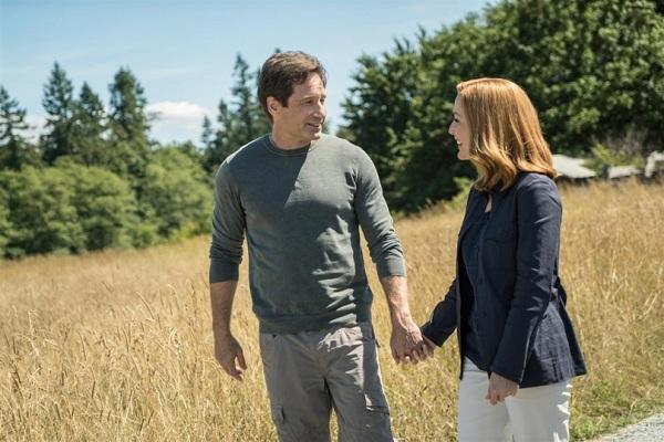 X-Files Babylong hands