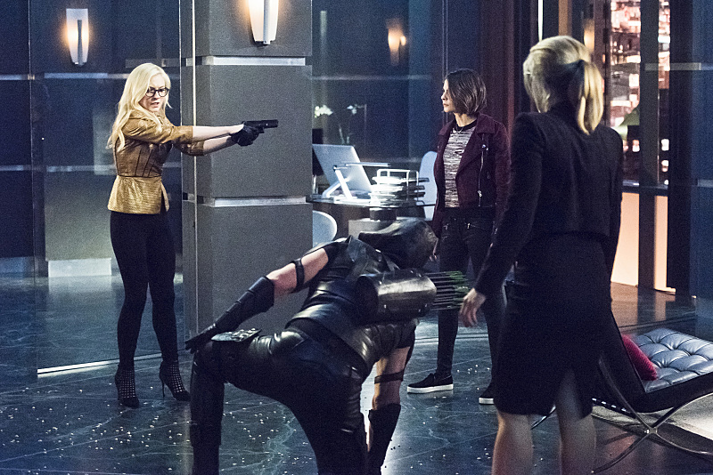 arrow-417-brie-showdown