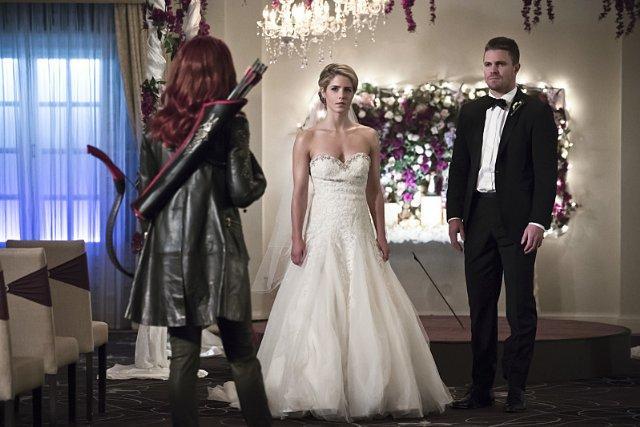 Arrow BrokenHearts Wedding