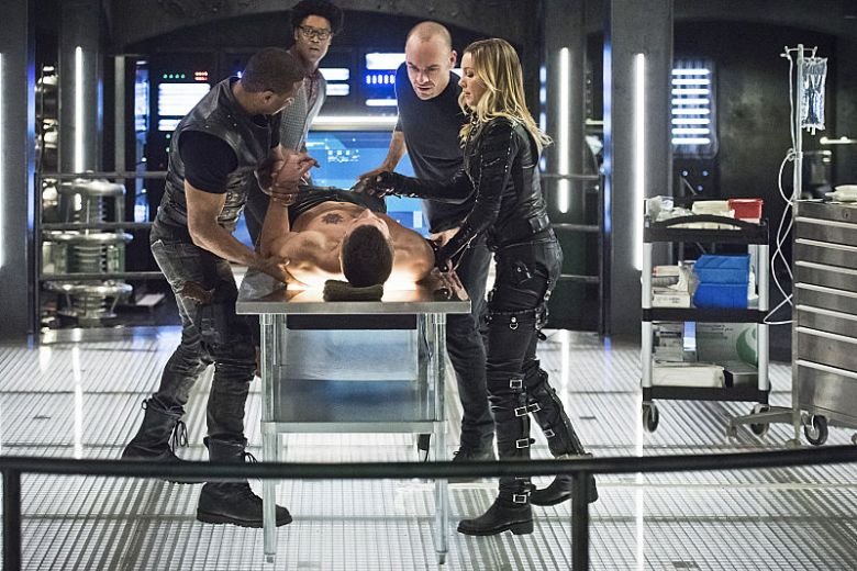 arrow-reprises-yet-another-villain-in-beacon-of-hope-907566