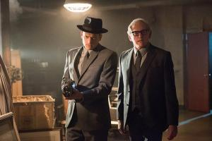 """DC's Legends of Tomorrow -- """"Night of the Hawk"""" -- Image LGN108a_0158.jpg -- Pictured (L-R): Wentworth Miller as Leonard Snart / Captain Cold and Victor Garber as Professor Martin Stein -- Photo: Dean Buscher/The CW -- © 2016 The CW Network, LLC. All Rights Reserved"""