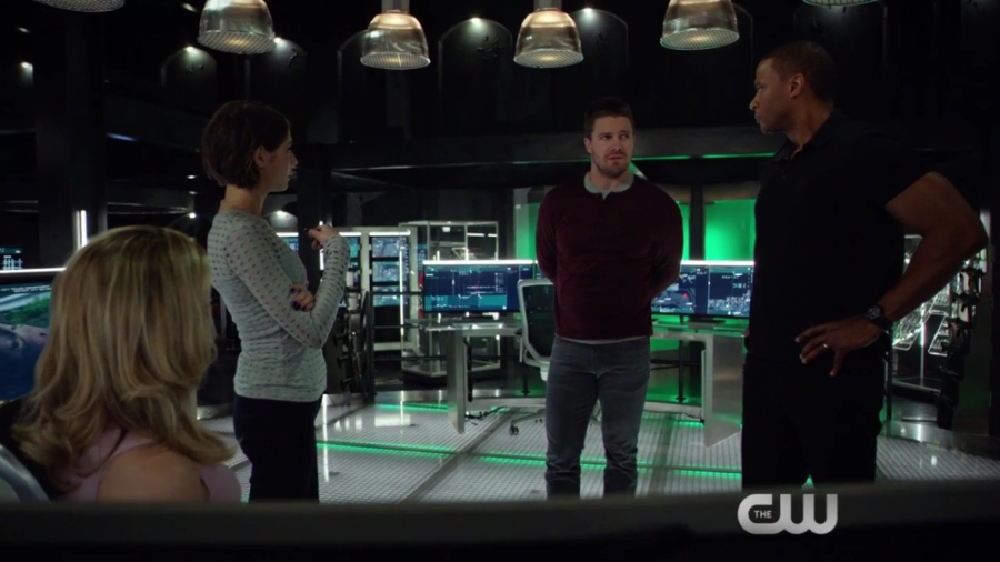 arrow-genesis-scene-the-cw-hd-720p-mp4_000060977