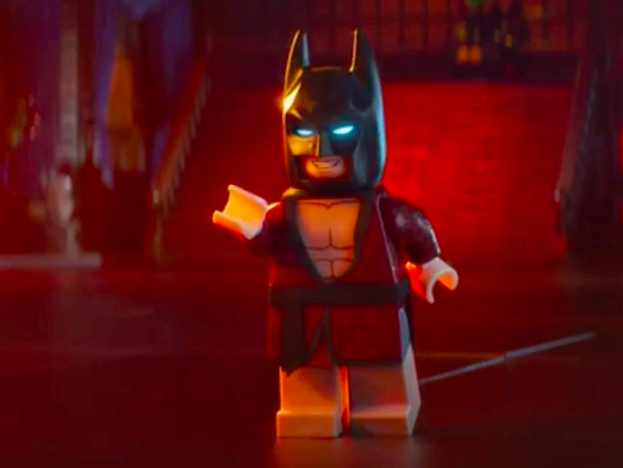 the-lego-batman-movie-gets-a-funny-new-trailer-that-pokes-fun-at-batmans-aging
