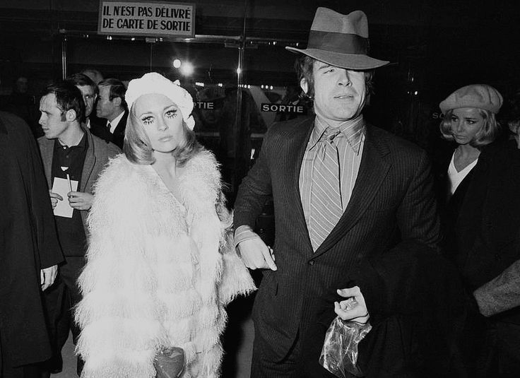 beatty-dunaway-paris-premiere-1968